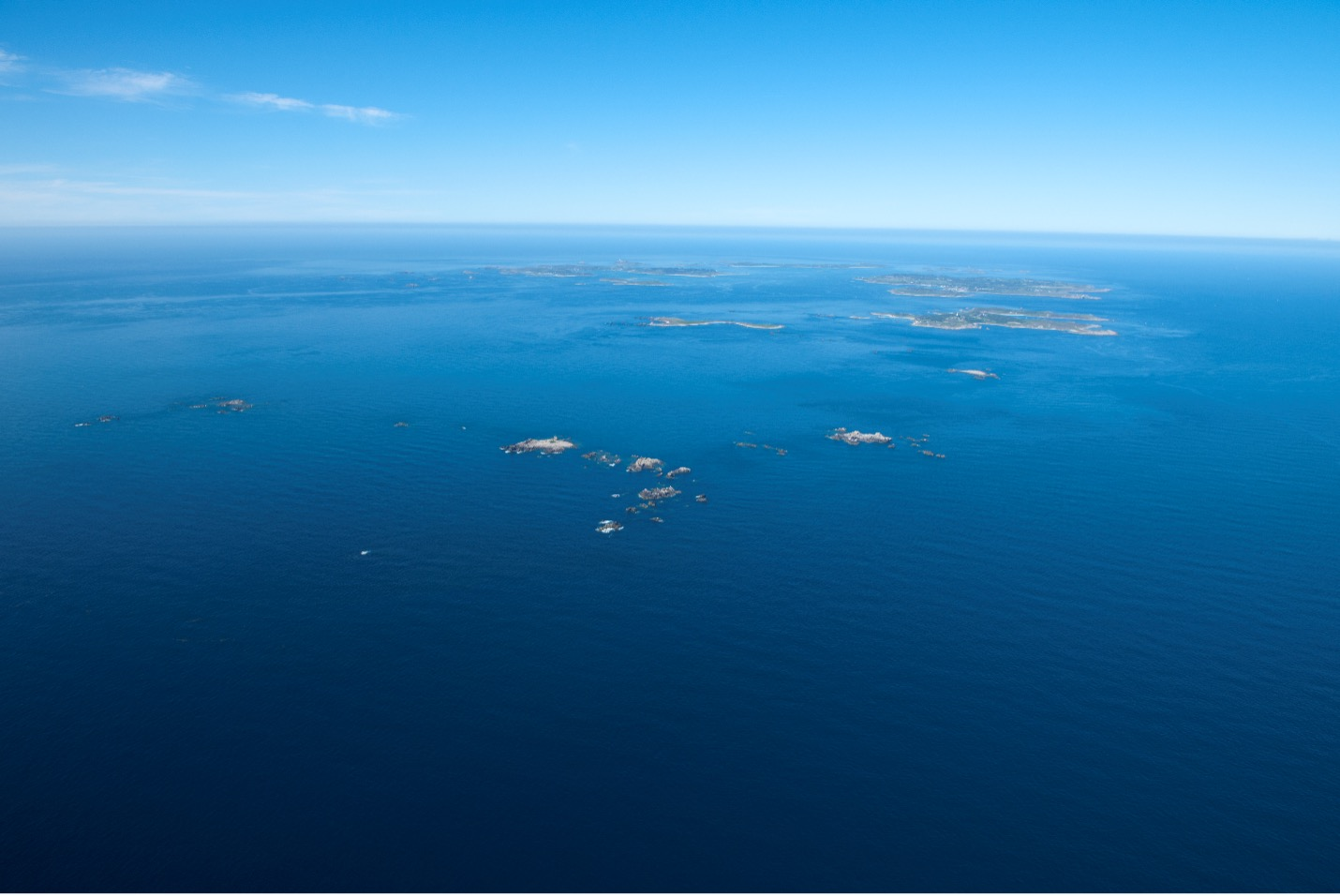 Today's Isles of Scilly from the air: 12,000 years ago this archipelago was one large island
